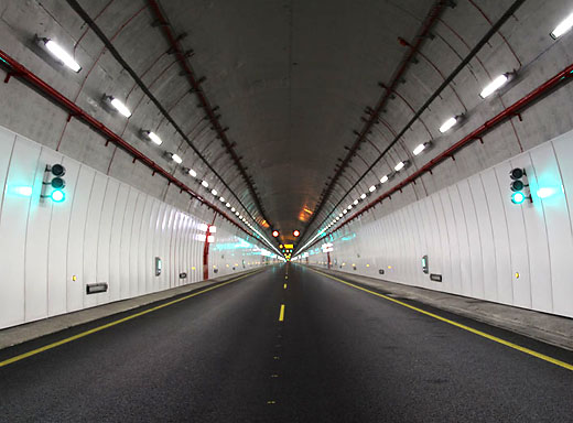 Lighting and signaling Tunnels
